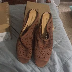 Lucky Brand size 12, new slide ins
